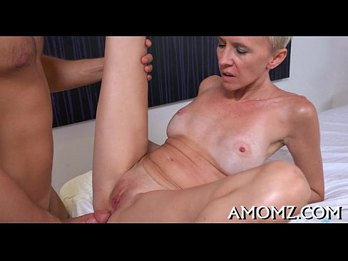 Fucking a hot mature pussy