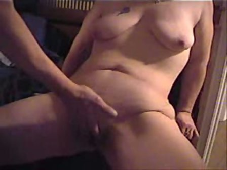 Mature pussy slapping