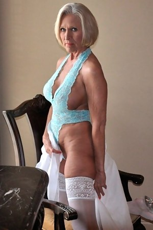 Most sexist mature woman in the nude